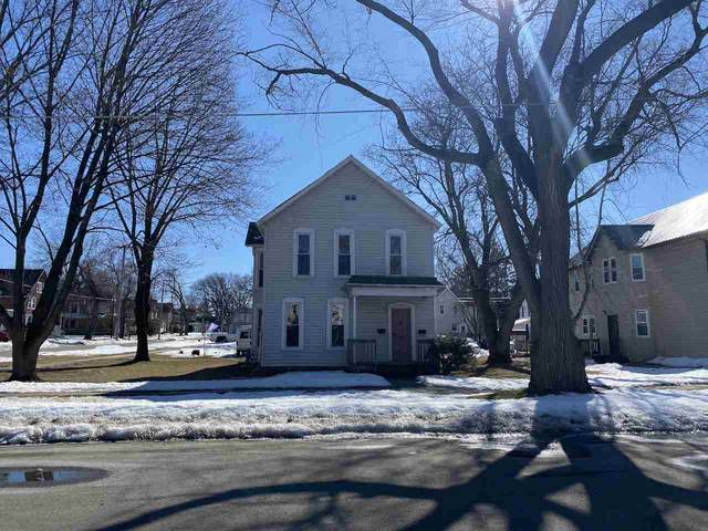 317 E 7TH Street, Kaukauna, WI 54130 (#50236303) :: Town & Country Real Estate
