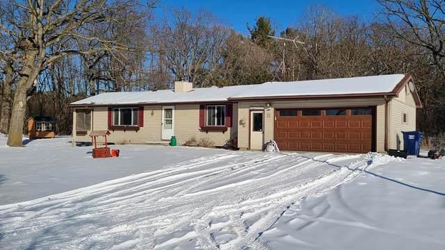 N6902 Hoyord Road, Scandinavia, WI 54977 (#50236307) :: Town & Country Real Estate