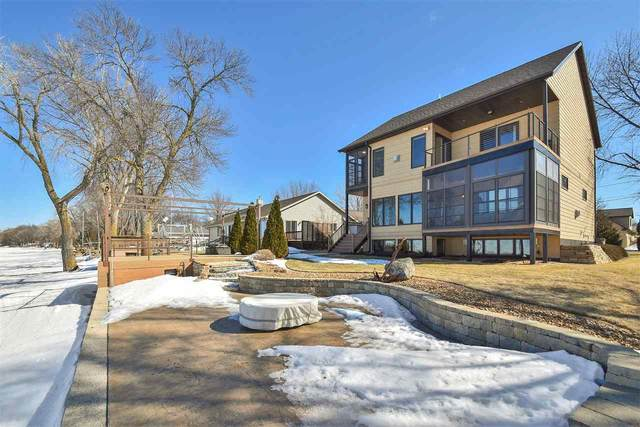 N8941 River Lane, Luxemburg, WI 54217 (#50236332) :: Town & Country Real Estate