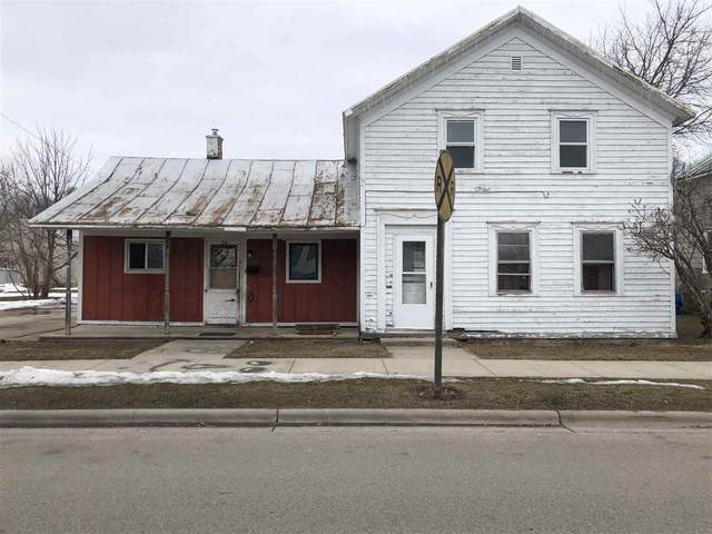 315 Pecor Street, Oconto, WI 54153 (#50236334) :: Town & Country Real Estate