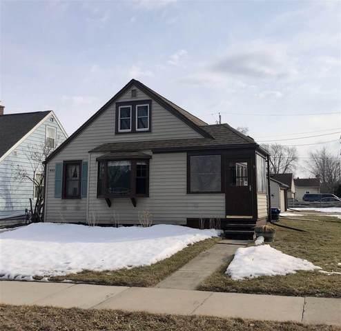 955 Adams Street, Neenah, WI 54956 (#50236424) :: Todd Wiese Homeselling System, Inc.