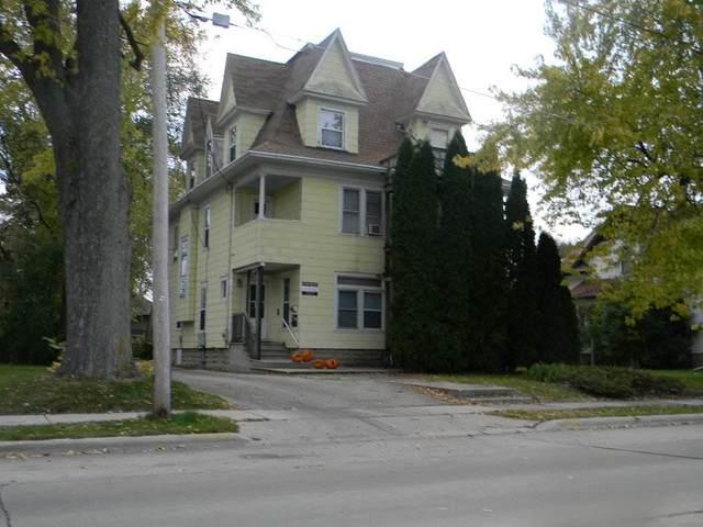 1137 Wisconsin Street, Oshkosh, WI 54901 (#50236425) :: Todd Wiese Homeselling System, Inc.