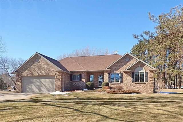 1306 Sunset Beach Road, Suamico, WI 54173 (#50236441) :: Town & Country Real Estate
