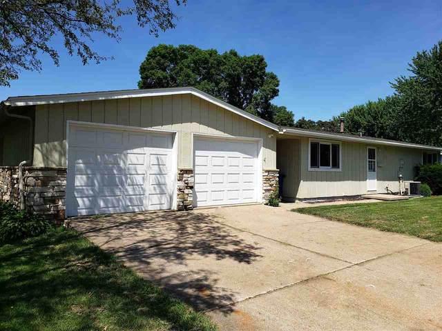 1006 Mallard Avenue, Oshkosh, WI 54901 (#50236754) :: Todd Wiese Homeselling System, Inc.