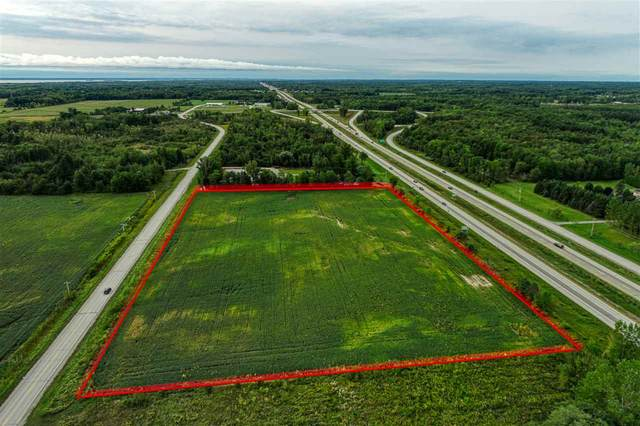 E Frontage Road, Little Suamico, WI 54141 (#50236817) :: Town & Country Real Estate