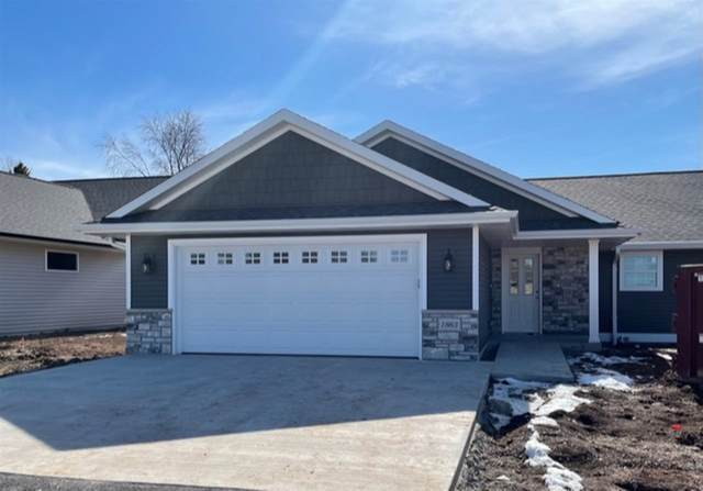 1863 Southbridge Road, Green Bay, WI 54115 (#50236968) :: Symes Realty, LLC