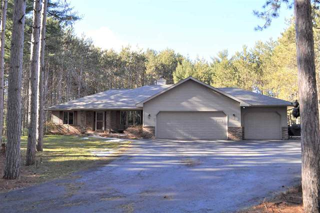 3592 Flintlock Road, Suamico, WI 54173 (#50237376) :: Town & Country Real Estate