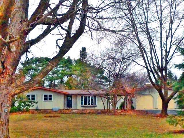 3602 W Fairview Road, Neenah, WI 54956 (#50237406) :: Todd Wiese Homeselling System, Inc.