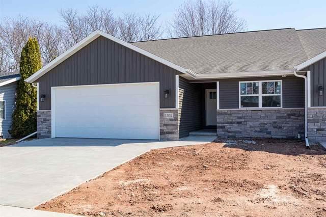1302 Daytona Lane, Little Chute, WI 54140 (#50237524) :: Carolyn Stark Real Estate Team