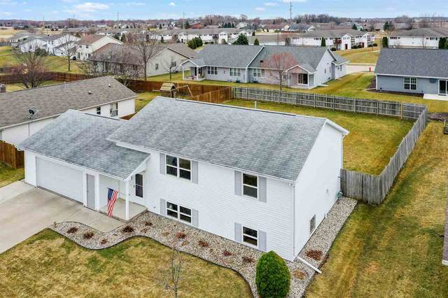 907 Matthew Lane, Kaukauna, WI 54130 (#50237613) :: Ben Bartolazzi Real Estate Inc