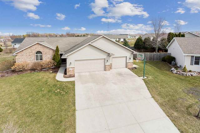 N1848 Smokey Court, Greenville, WI 54942 (#50237643) :: Town & Country Real Estate