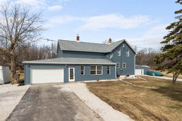 W1630 Conservation Road, Brillion, WI 54110 (#50237672) :: Todd Wiese Homeselling System, Inc.