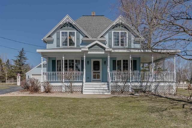 W6112 Quarry Road, Appleton, WI 54913 (#50237675) :: Ben Bartolazzi Real Estate Inc