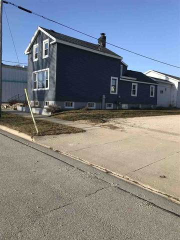 313 Dodge Street, Kewaunee, WI 54216 (#50237723) :: Ben Bartolazzi Real Estate Inc