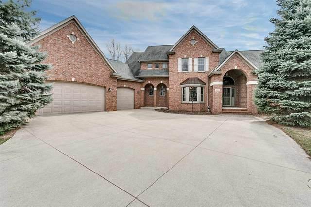 416 Hidden Ridges Way, Combined Locks, WI 54113 (#50237740) :: Ben Bartolazzi Real Estate Inc