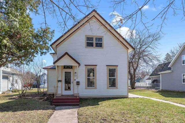 226 N Superior Street, De Pere, WI 54115 (#50237771) :: Town & Country Real Estate