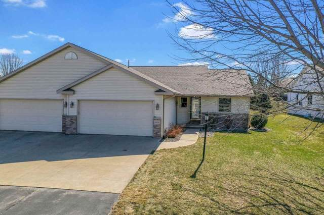 N1836 Reimer Court, Greenville, WI 54942 (#50237861) :: Dallaire Realty