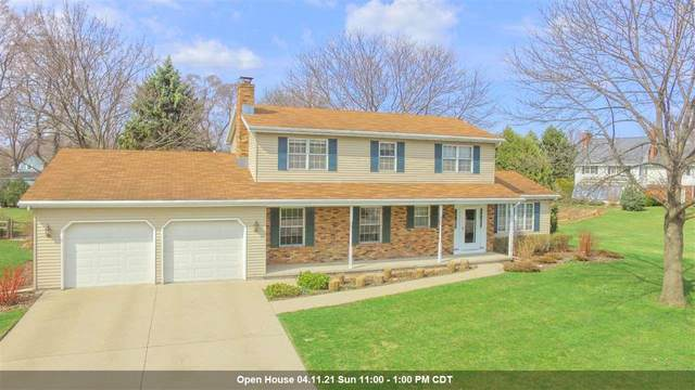 716 Yorkshire Road, Neenah, WI 54956 (#50237936) :: Dallaire Realty