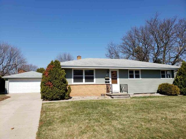 172 W 25TH Avenue, Oshkosh, WI 54902 (#50237952) :: Dallaire Realty