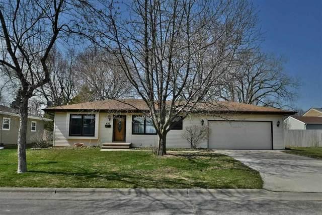 616 Elizabeth Street, Menasha, WI 59452 (#50237957) :: Symes Realty, LLC