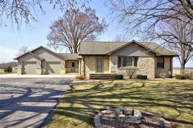 N5075 Mc Cabe Road, De Pere, WI 54115 (#50237979) :: Town & Country Real Estate