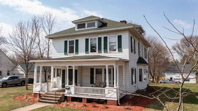 426 S Main Street, Waupaca, WI 54981 (#50237998) :: Dallaire Realty
