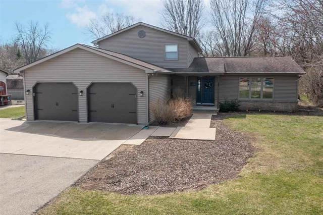 2381 Witzel Avenue, Oshkosh, WI 54904 (#50238036) :: Dallaire Realty