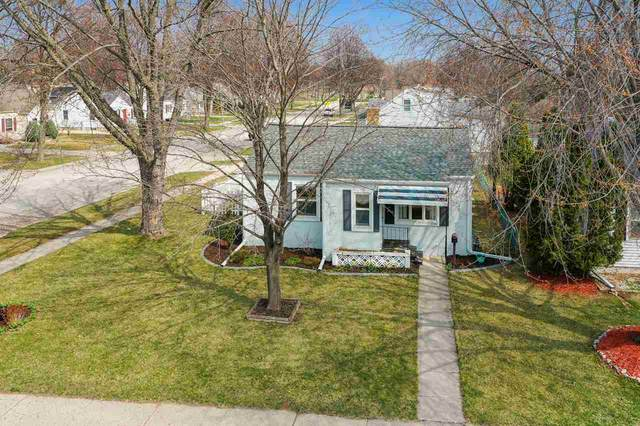 1282 Desnoyers Street, Green Bay, WI 54303 (#50238044) :: Town & Country Real Estate
