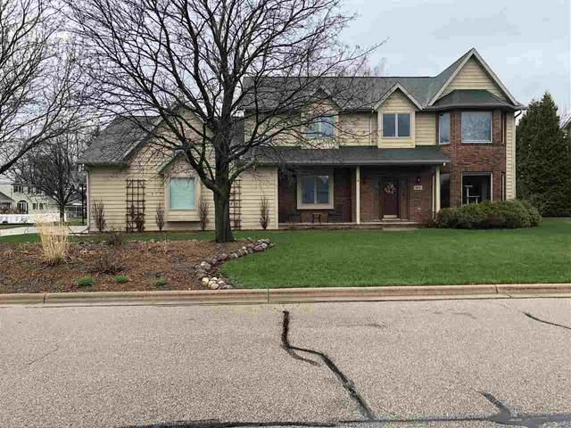 310 Kraft Street, Neenah, WI 54956 (#50238068) :: Todd Wiese Homeselling System, Inc.