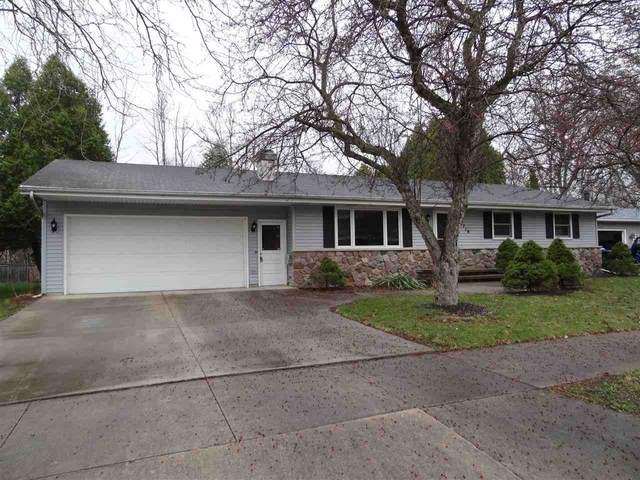 1719 N Birchwood Avenue, Appleton, WI 54914 (#50238091) :: Dallaire Realty