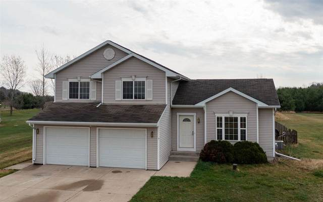 N5232 Rexford Road, Shiocton, WI 54170 (#50238120) :: Dallaire Realty