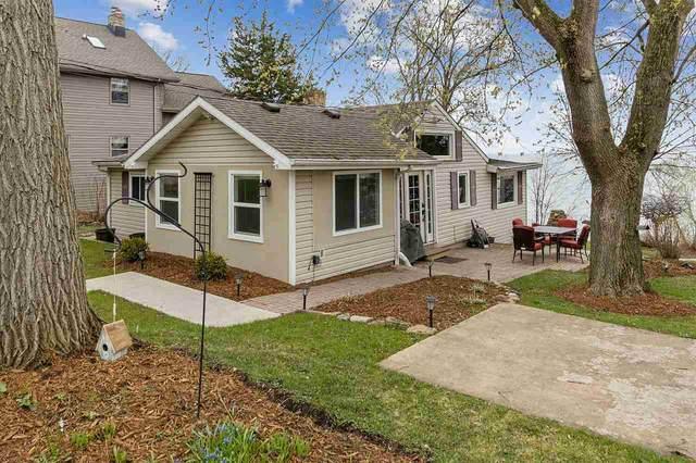 N6781 Harrison Road, Hilbert, WI 54129 (#50238137) :: Todd Wiese Homeselling System, Inc.
