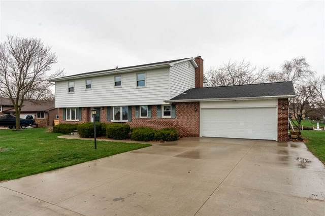 5941 Oak Lane Drive, Butte Des Morts, WI 54927 (#50238144) :: Symes Realty, LLC