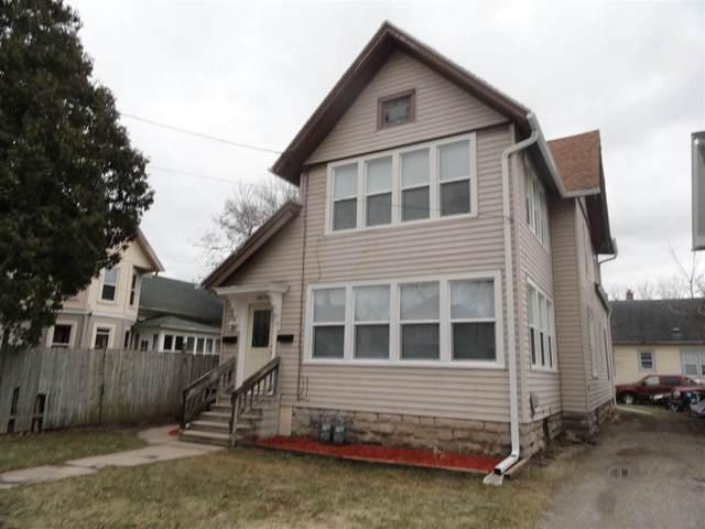 107 E Fulton Avenue, Oshkosh, WI 54901 (#50238181) :: Todd Wiese Homeselling System, Inc.