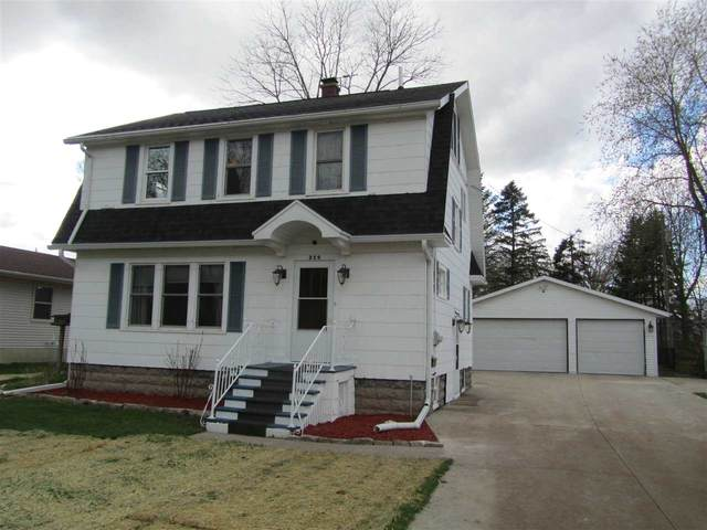 250 S Seymour Street, Fond Du Lac, WI 54935 (#50238199) :: Todd Wiese Homeselling System, Inc.