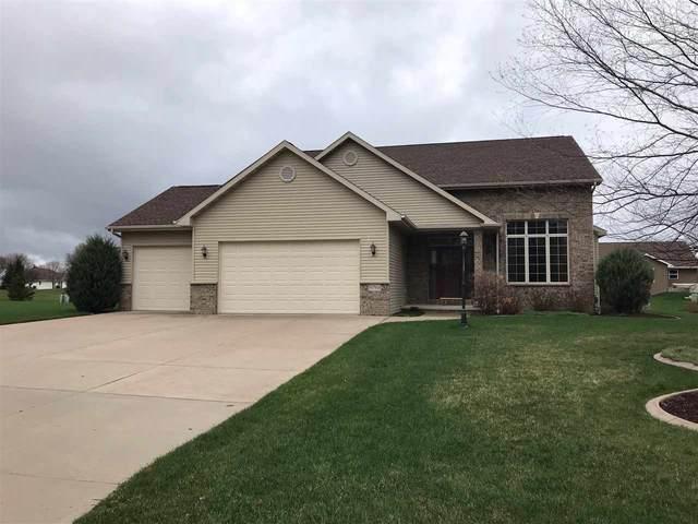N7961 Creekside Drive, Sherwood, WI 54169 (#50238208) :: Todd Wiese Homeselling System, Inc.