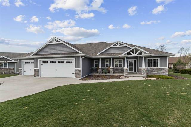W5990 Geranium Drive, Appleton, WI 54915 (#50238242) :: Dallaire Realty