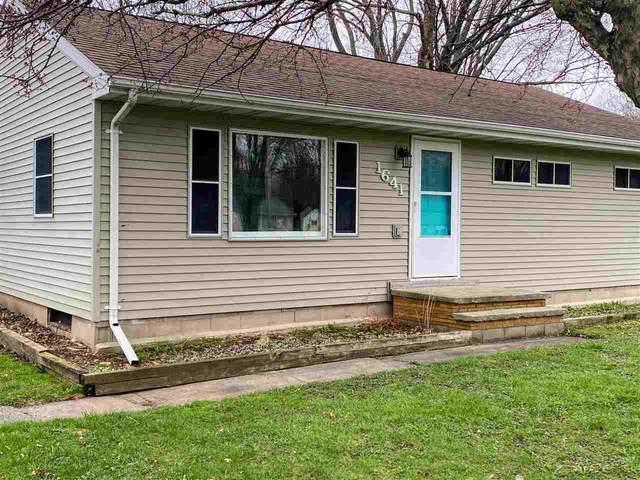 1641 Plank Road, Menasha, WI 54956 (#50238251) :: Todd Wiese Homeselling System, Inc.