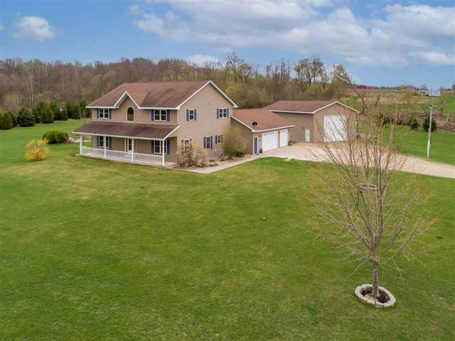 N3214 Paap Road, Weyauwega, WI 54983 (#50238303) :: Carolyn Stark Real Estate Team