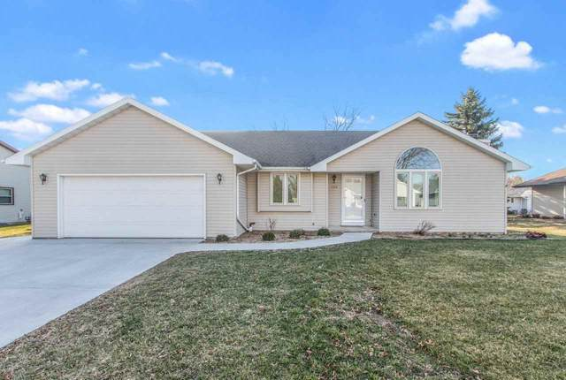 704 Canberry Court, Green Bay, WI 54115 (#50238323) :: Symes Realty, LLC