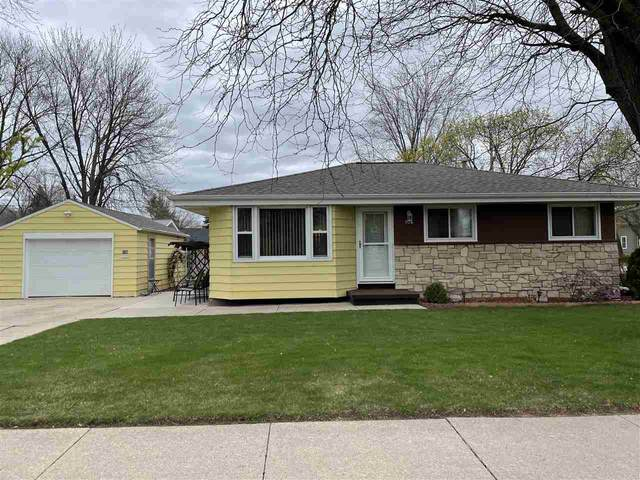 106 N Eagle Street, Oshkosh, WI 54902 (#50238350) :: Ben Bartolazzi Real Estate Inc