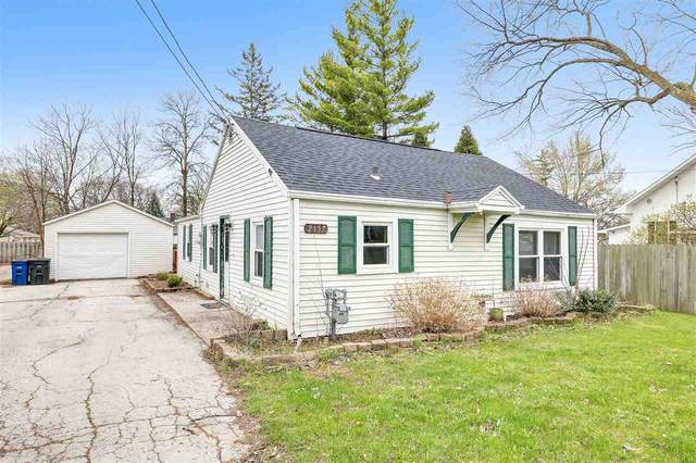 2157 S Broadway, Green Bay, WI 54304 (#50238363) :: Symes Realty, LLC