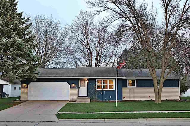223 N 9TH Avenue, Winneconne, WI 54986 (#50238364) :: Todd Wiese Homeselling System, Inc.