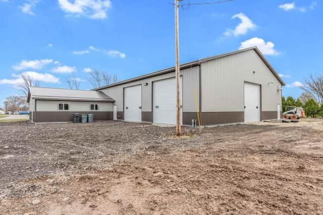 W2391 Hwy 10, Brillion, WI 54110 (#50238405) :: Todd Wiese Homeselling System, Inc.