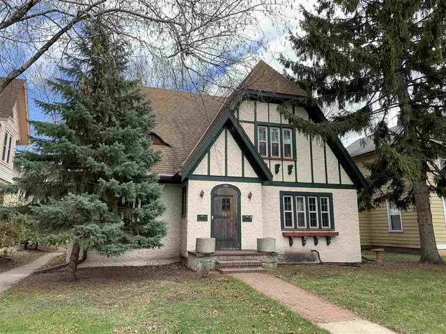 130 N Maple Avenue, Green Bay, WI 54303 (#50238420) :: Ben Bartolazzi Real Estate Inc