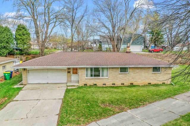 2255 Maccaux Drive, Green Bay, WI 54302 (#50238428) :: Ben Bartolazzi Real Estate Inc
