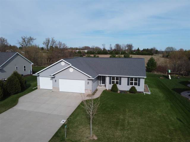 N2346 Holy Hill Drive, Greenville, WI 54942 (#50238504) :: Ben Bartolazzi Real Estate Inc