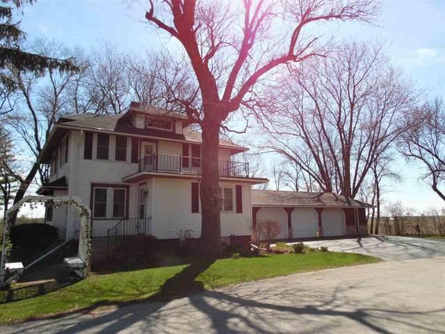 1 S Wells Road, Brillion, WI 54110 (#50238518) :: Ben Bartolazzi Real Estate Inc