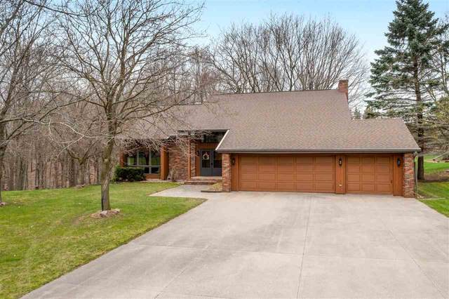 N4550 Larry Road, New London, WI 54961 (#50238525) :: Ben Bartolazzi Real Estate Inc