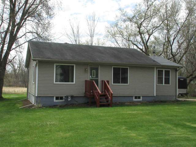 E8609 Mechanic Street, New London, WI 54961 (#50238544) :: Ben Bartolazzi Real Estate Inc